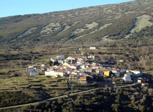 El Ayuntamiento de la villa de Monsagro decreta el cierre de sus instalaciones.